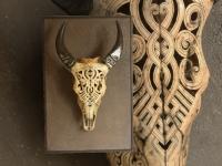 buffalo-skull-on-wall-panel